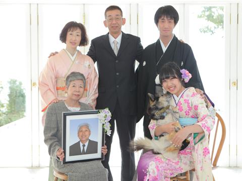 神戸の成人式で家族写真