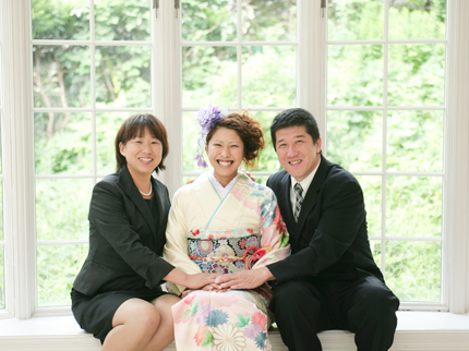 ピンクの振袖|成人式で生まれる家族の幸せ