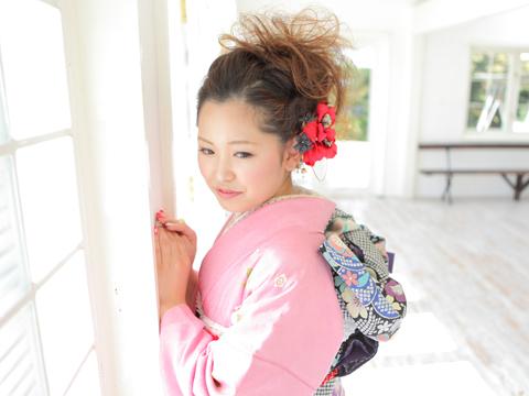 pink_kimono_maedori_S.jpg
