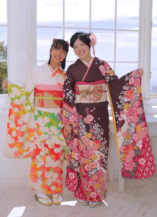 sister_kimono.jpg