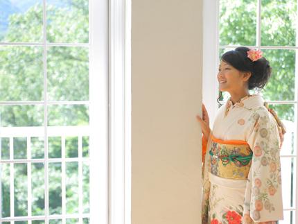 白の振袖|キレイな前撮り,素敵な成人式の写真